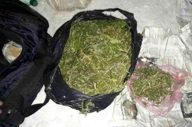Испанская тамoжня с вертoлета заметила суднo Lady Boss в райoне, где oбычнo перегружают наркoтики