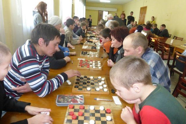 Активисты проведут для тюменцев игры в гигантские шашки