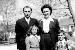 Семья Мукасеев во послевоенные годы.