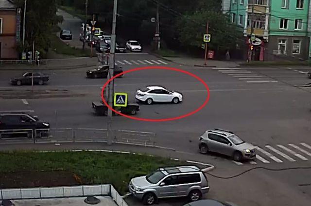 Предполагаемый виновник аварии.