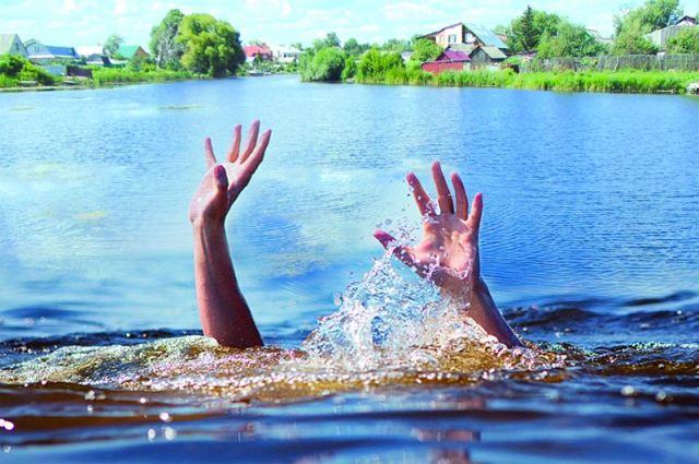 Впарке Победы потонул  юноша