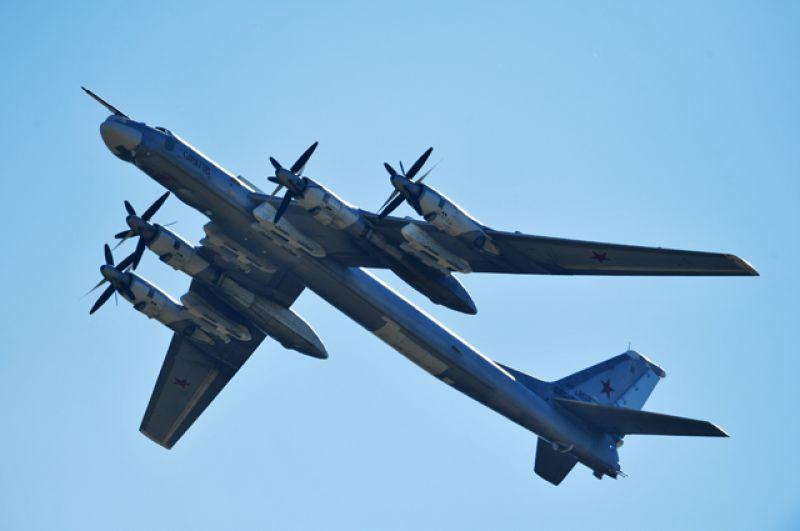 Турбовинтовой стратегический бомбардировщик-ракетоносец Ту-95МС.