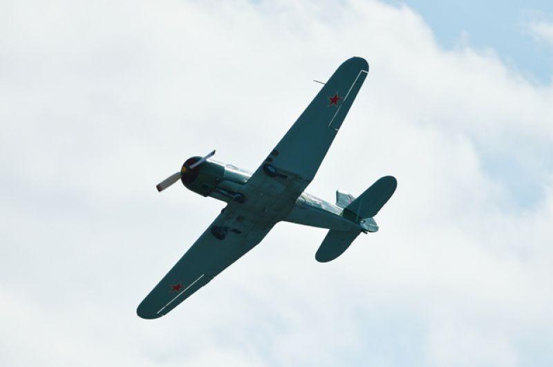 Самолет ЯК-18.
