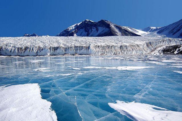 Неменее 90 вулканов найдено подо льдами вАнтарктиде