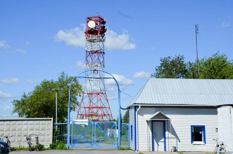 Объект находится в 60-70 км от Екатеринбурга не случайно. В случае чрезвычайной ситуации именно узел связи в Щелкуне сможет выполнять функции уничтоженных объектов связи.
