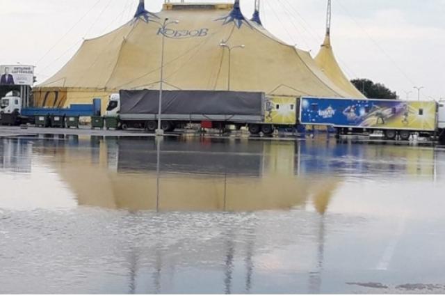 Мощнейший ливень вОдессе затопил дороги