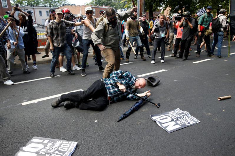 В городе из-за марша объявлено чрезвычайное положение.