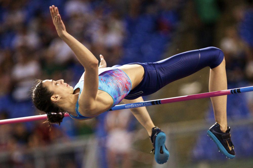 Российская прыгунья в высоту Мария Ласицкене завоевала золотую медаль в прыжках в высоту.
