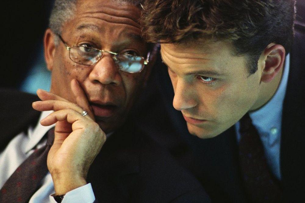 В фильме «Цена страха» (2002) Аффлек сыграл вместе с Морганом Фрименом и исполнил роль аналитика ЦРУ Джека Райана.