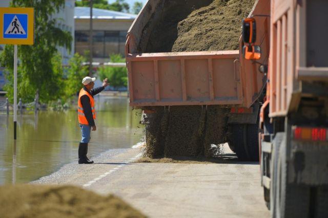 Размытые мосты в Юсьвинском районе восстановят к концу недели