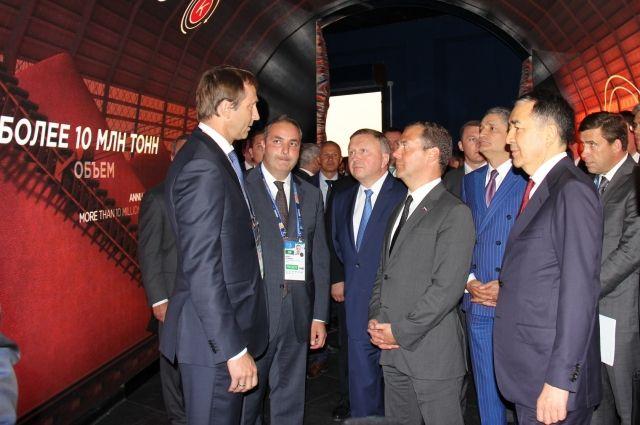 Дмитрий Медведев ознакомился с передовыми технологиями компаний.