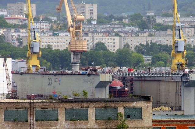 Насудоверфи «Звезда» начинают строить сухой док, объявил Рогозин
