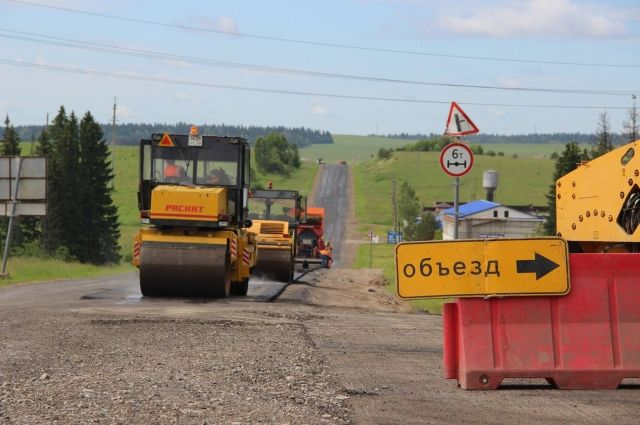 Завершена укладка асфальта на участке  «Пуровск – Коротчаево»