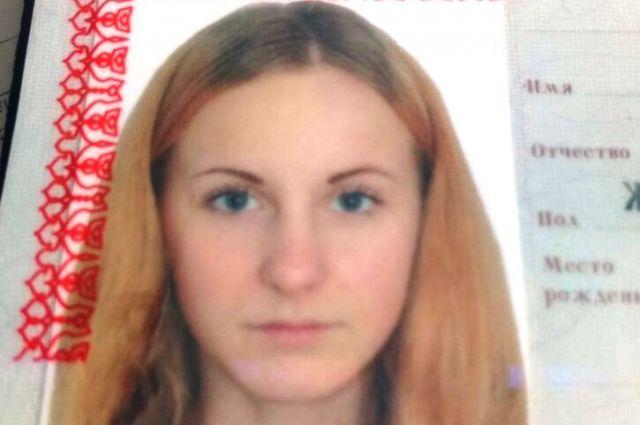 В Калининграде ищут пропавшую 16-летнюю Алину Шевнину.