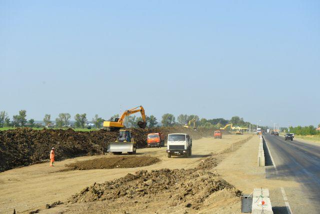 Вближайшие три года реконструируют 10 километров дороги Майкоп-Армавир
