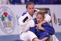 Наталья Елкина провела четыре схватки, и одержала три чистые победы.