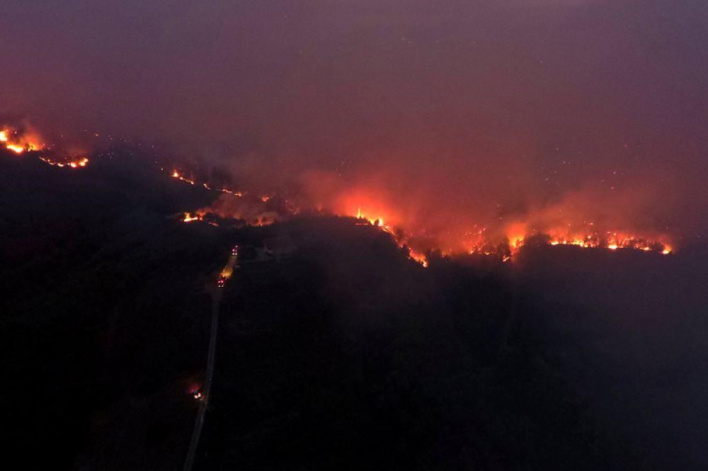 Лесные пожары около деревни Меточи с высоты птичьего полёта.