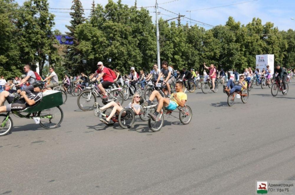 Средством передвижения может служить любой транспорт с педалями