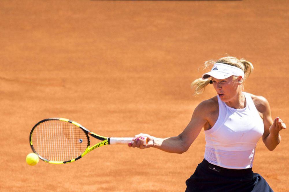Седьмое у датской теннисистки польского происхождения Каролины Возняцки. Ей удалось заработать 7,5 миллионов долларов.