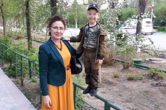 Опекун Наталья Слободянова не верит в искренность матери-кукушки.