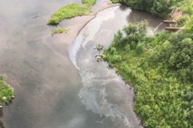 ВКрасноярске сточные воды сдорог сливают вЕнисей без очистки