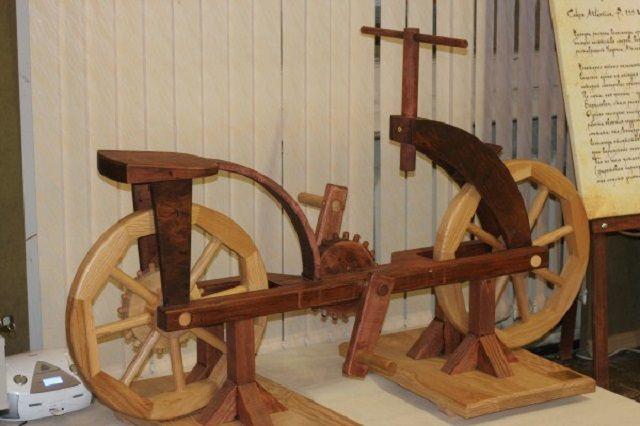 Выставка раскроет тайны гениальных изобретений Леонардо да Винчи.