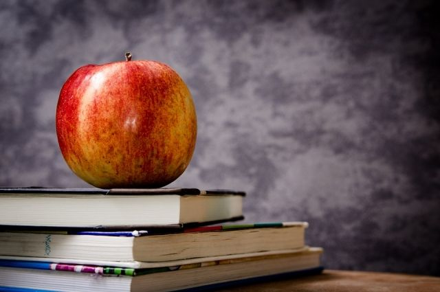 112 тысяч юных омичей пойдут в этом году в первый класс.