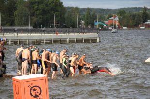 Сотни спортсменов съехались в Воткинск.