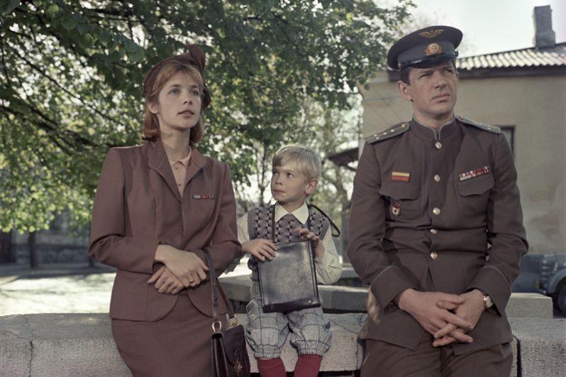 Актеры Вера Глаголева и Александр Абдулов в фильме «Сошедшие с небес». 1986 год.