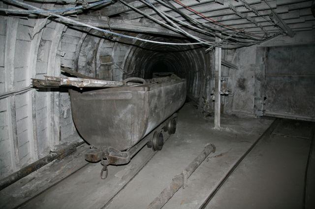 Наукраинских урановых рудниках шахтеры начали забастовку