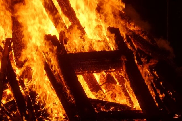 Трехлетняя девочка погибла при пожаре в областной столице.