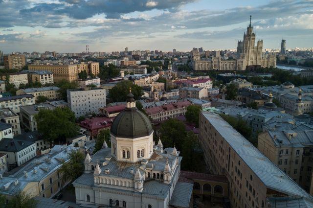 В некоторых районах Москвы зафиксировали повышенный уровень сероводорода