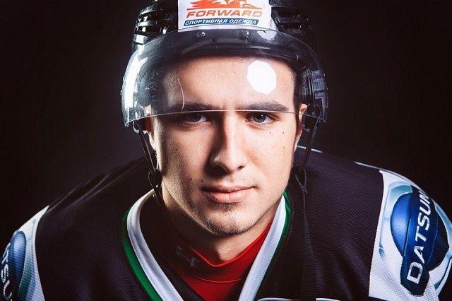В Россию хоккеист вернулся в январе 2016 года.