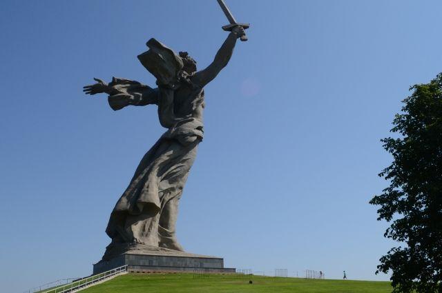 ВВолгограде начались работы пореконструкции «Родины-матери»