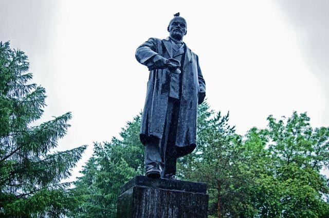 Мэр Сиэтла высказался за снос памятника Ленину в городе