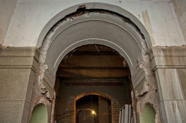 Здание для центра «Эрмитаж-Сибирь» продолжили реконструировать.