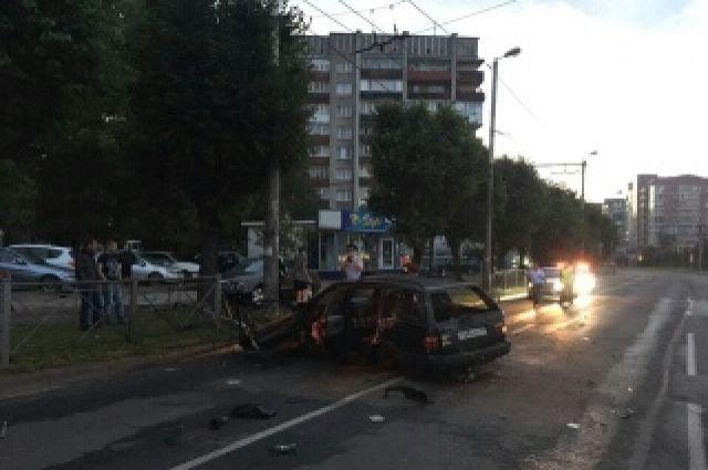 Опубликовано видео погони с ДТП с пьяным водителем в Калининграде.