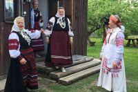 По последней переписи, в Красноярском крае проживает 4 из 200 человек, записавших свою национальность как сето.