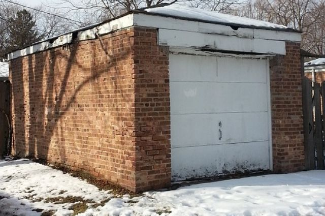 Не во всех гаражах хранят машины.