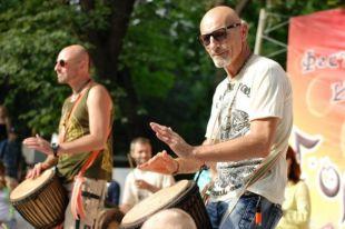 Сергей Махаев: игра на барабане - прекрасный способ бороться со стрессом.