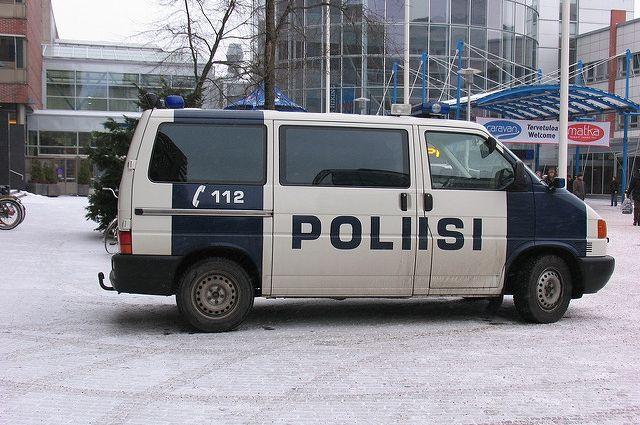 Неизвестный напал с ножом на прохожих в Финляндии