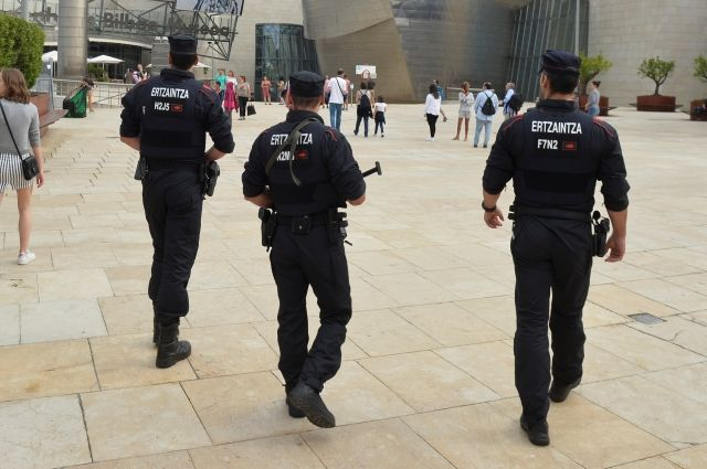 Милиция  Испании отыскала  вукрытии террористов взрывчатку «мать Сатаны»