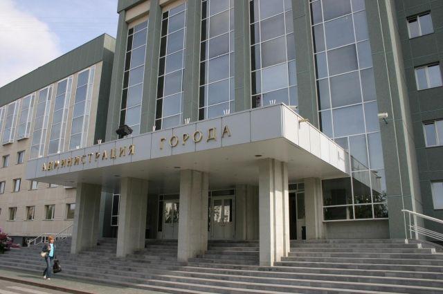 В Тюменской области неизвестный напал на жителей города с ножом