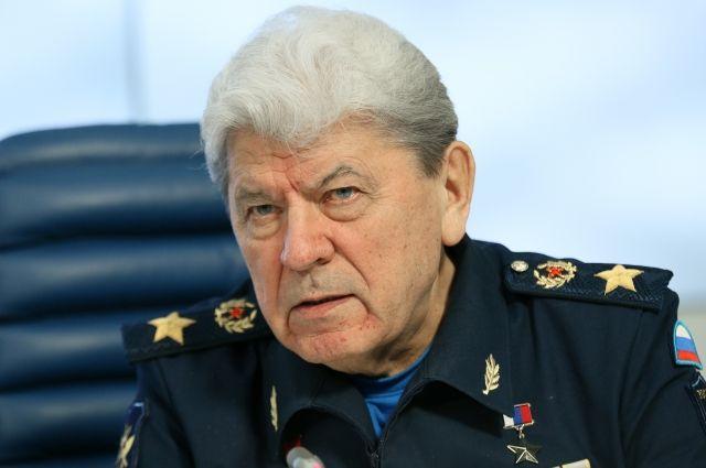 Умер первый главнокомандующий ВВС России Петр Дейнекин