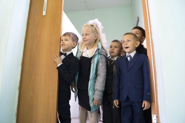 В Тюменской области планируют полностью отказаться от деревянных школ