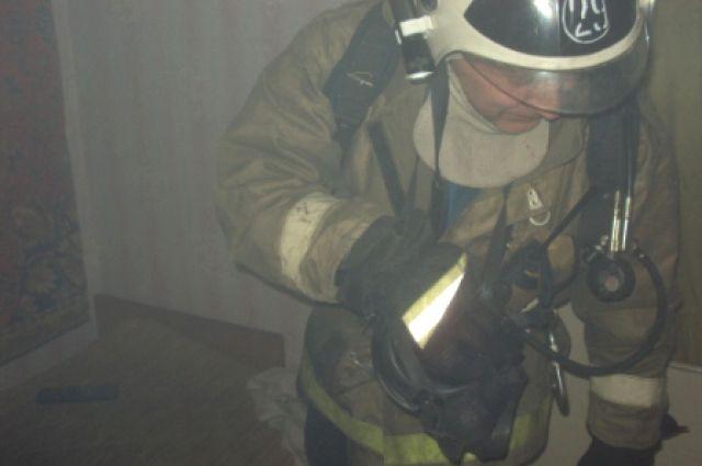 В Кемеровской области пожарные спасли 80-летнего мужчину.