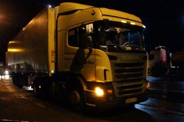 В Кемерове задержан водитель грузовика, сбивший насмерть женщину.