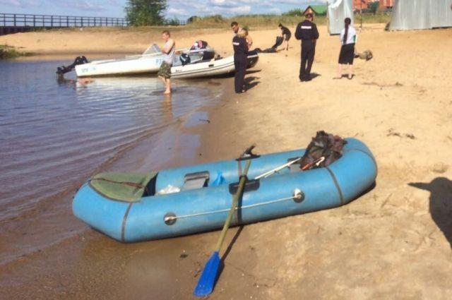 Люди часто нарушают правила безопасности на воде.