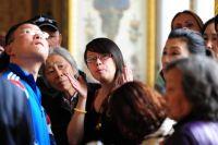 Туристы из Китая часто приезжают в Москву и Петербург.