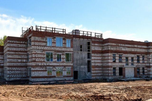 Здание будущего реабилитационного центра не должно превратиться в долгострой.